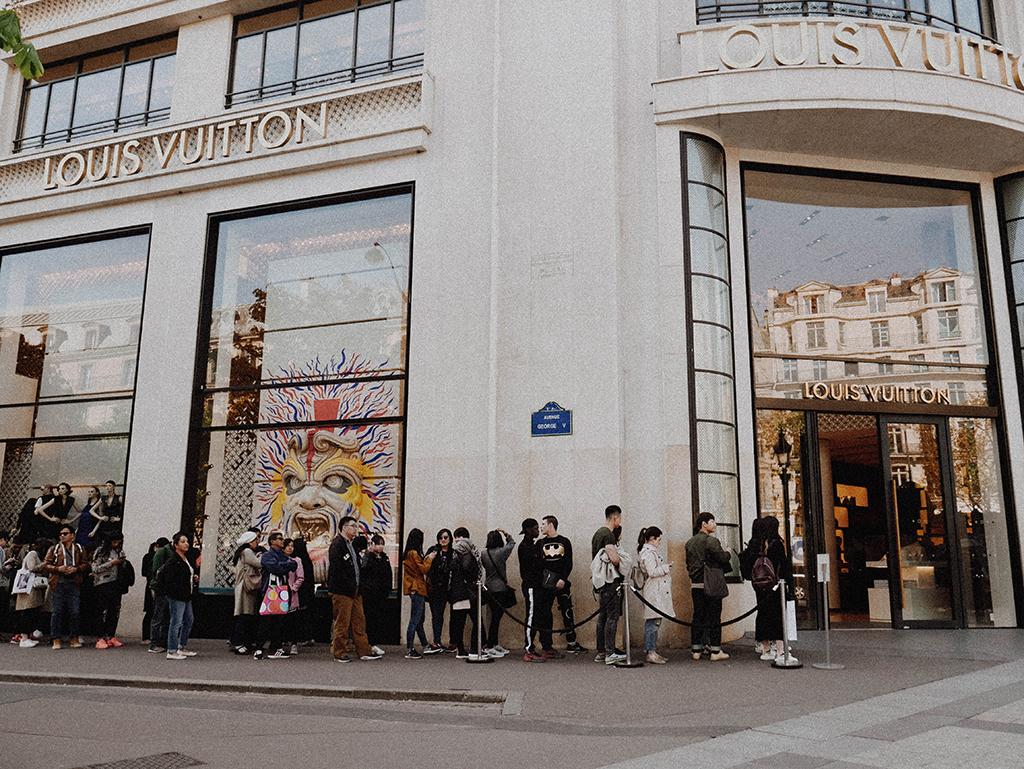 Louis Vuitton Consumers Luxury
